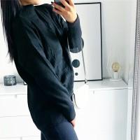 Černý hřejivý svetr Gabriela