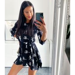 Černé tuniko-šaty Loca s páskem