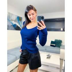 Modrý véčkový svetřík