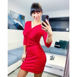 Rudé šaty Emily