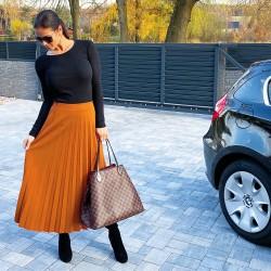 Camel trendy plísovaná sukně S a M