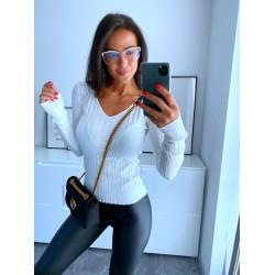 Bílý svetr Luxy