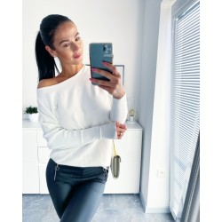 Bílý luxusní svetr Sandra S/M