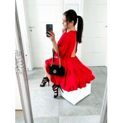 Rudé šaty Dora