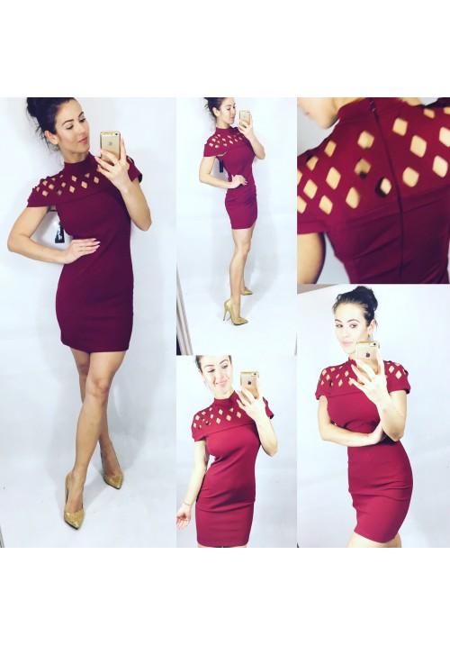 Vínové šaty Lussy velikost M