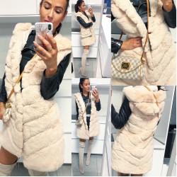 Krémová luxusní vesta s kapucí