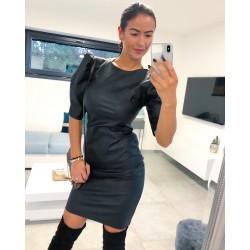 Černé koženkové šaty