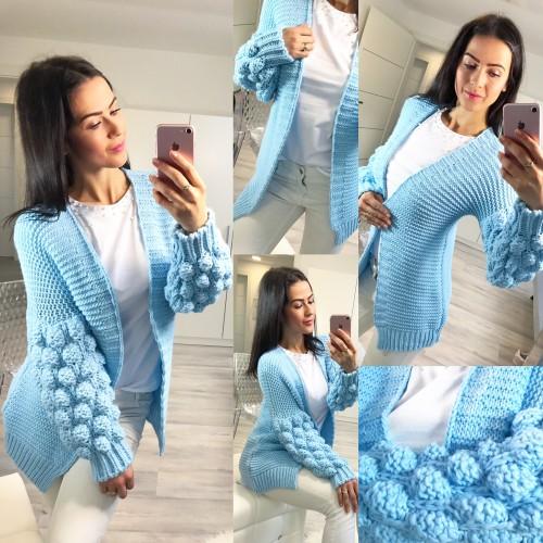Luxusní blankytně modrý svetr